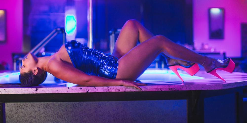 strip clubs hallandale beach